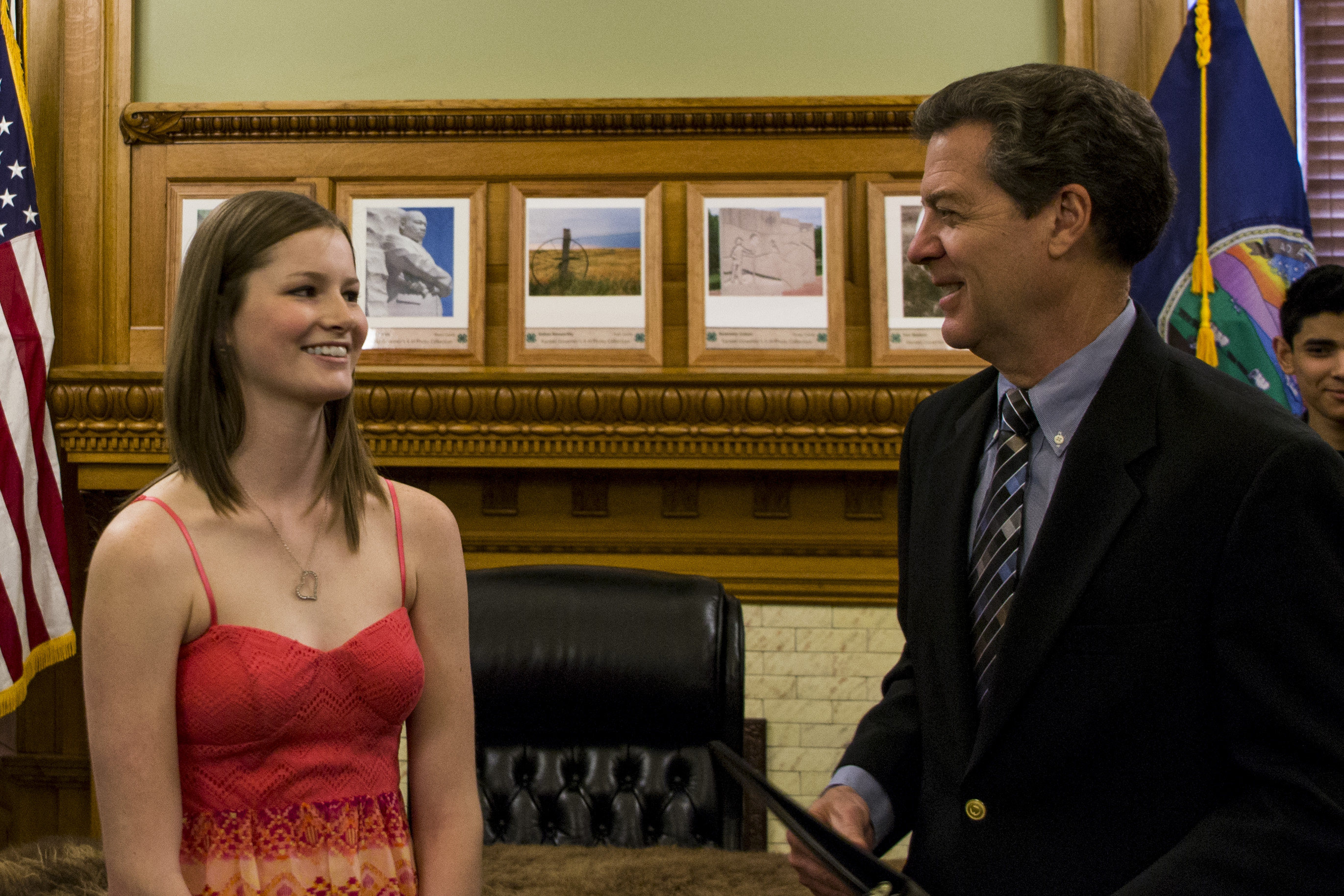 Governor Brownback with Destiny Shelton.