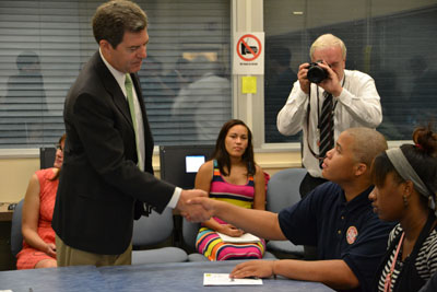 Governor Brownback and Highland Park High School students